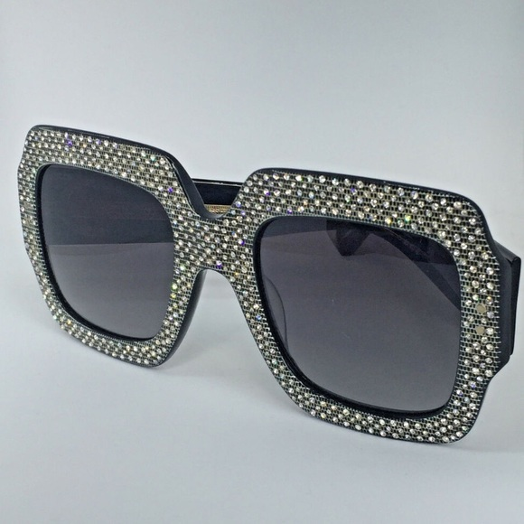 3908aad4808b6 NEW Authentic Gucci Oversize Rhinestone Sunglasses